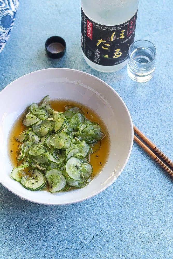 simple japanese cucumber salad (sunomono)