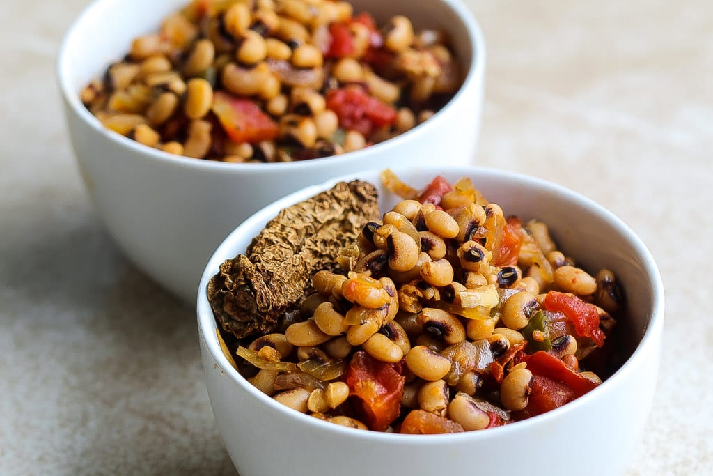 meatless instant pot black eyed peas recipe in a white bowl